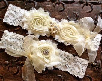 Ivory Wedding Garter, Ivory Bridal Garter, Ivory Lace Garter, Pearl Wedding Garter, Shabby Ivory Garter, Wedding Garter Set, You design