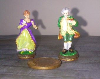 12th scale dolls house 2 'Dresden' type figurines