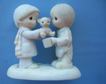 """Precious Moments """"Christmastime Is For Sharing"""""""