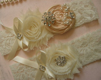 Blush / Wedding / Garter / Ivory / Bridal Garter / Toss Garter / Garter Set / Wedding Garter Set / Vintage Inspired Lace Garter