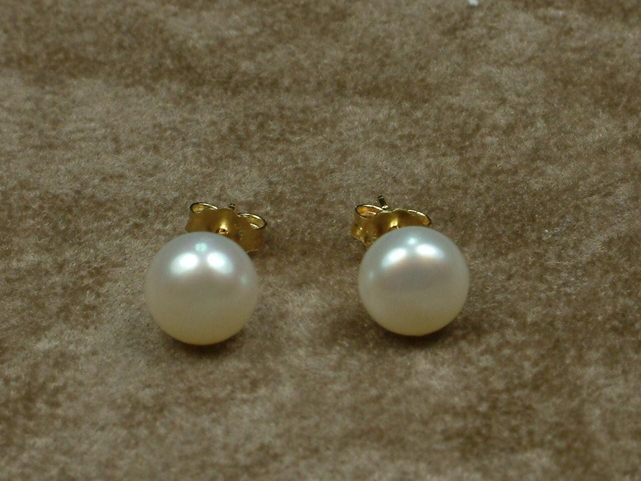 white pearl stud earrings 8 mm