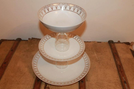 Pretty cake stand by mariarosecrafts on etsy for Pretty cake stands