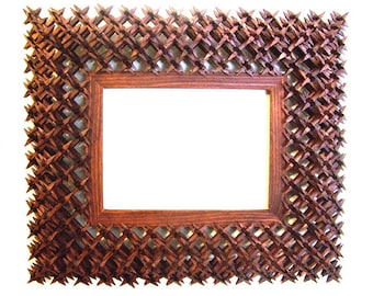 Beautiful Handmade Tramp Art CROWN OF THORNS Picture Frame