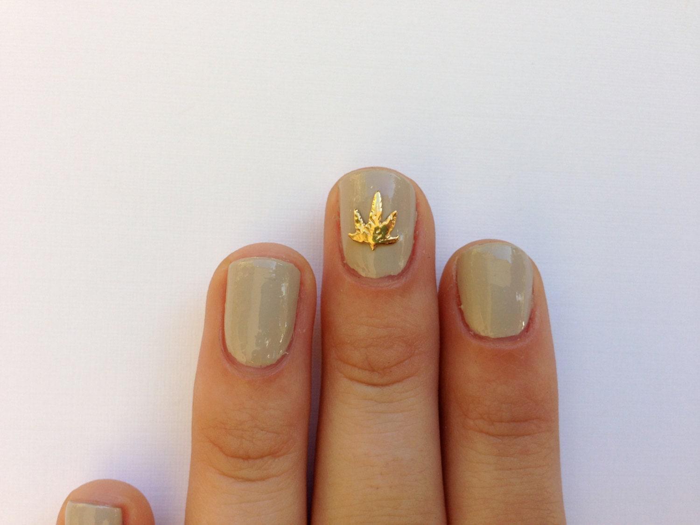Weed nail charm 14k Gold plated