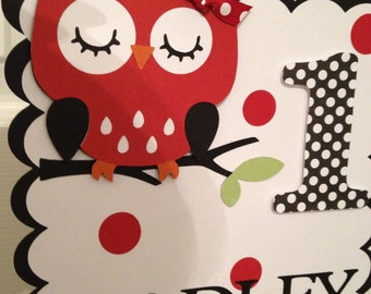 Owl sign Centerpiece (Red, black and white polka dot)