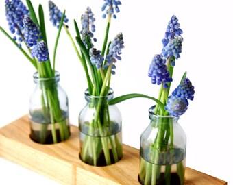 wood vase romantic