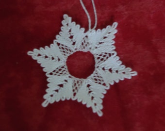 Bobbin lace  snowflake ornament