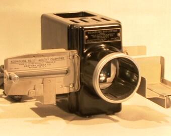 Vintage 1940's Bakelite Kodaslide Projector w/ Kodaslide Ready-Mount Changer