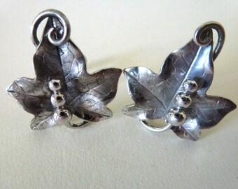 Antique 1940s Sterling Silver Grape Leaf Design Earrings