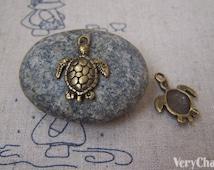 10 pcs of Antique Bronze Sea Turtle Charms16x22mm A5136