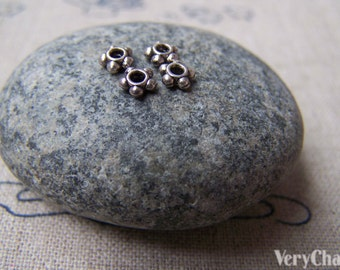 200 pcs of Antique Silver Flower Spacer Beads 4.5mm A3432