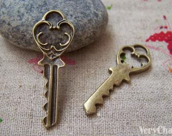 20 pcs of Antique Bronze Skeleton Key Charms 13x37mm A308