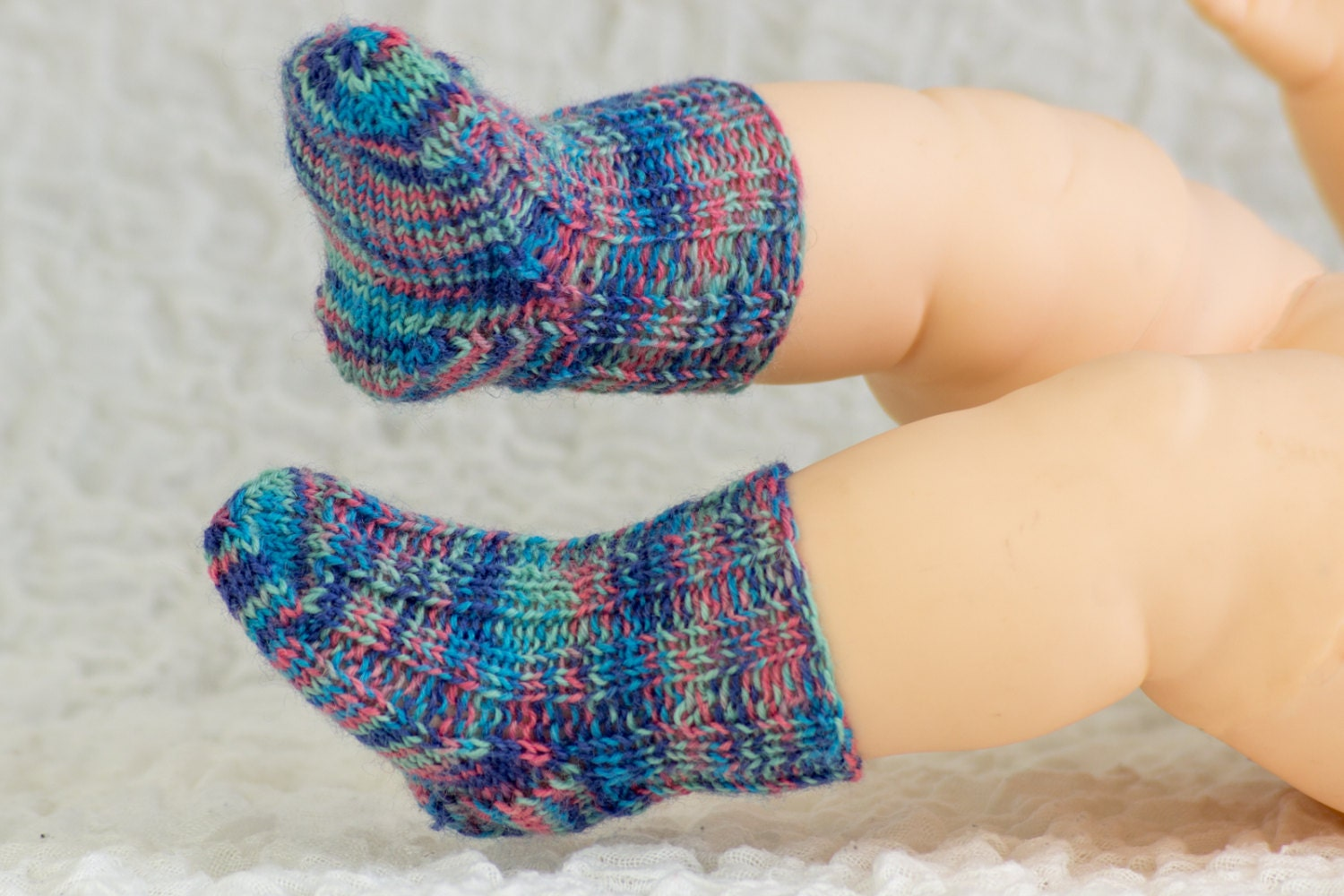Free Two Needle Sock Knitting Patterns : FREE KNITTING PATTERN Baby Socks Sample Pattern Free Baby