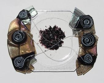 Unique fused glass plate