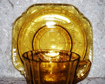 Federal Glass Co. Madrid Pattern Beautiful Vintage Yellow Glass Cup & Saucer Set