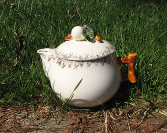 Vintage Sugar Bowl / Cream Dispenser - Porcelain  - Country Kitchen