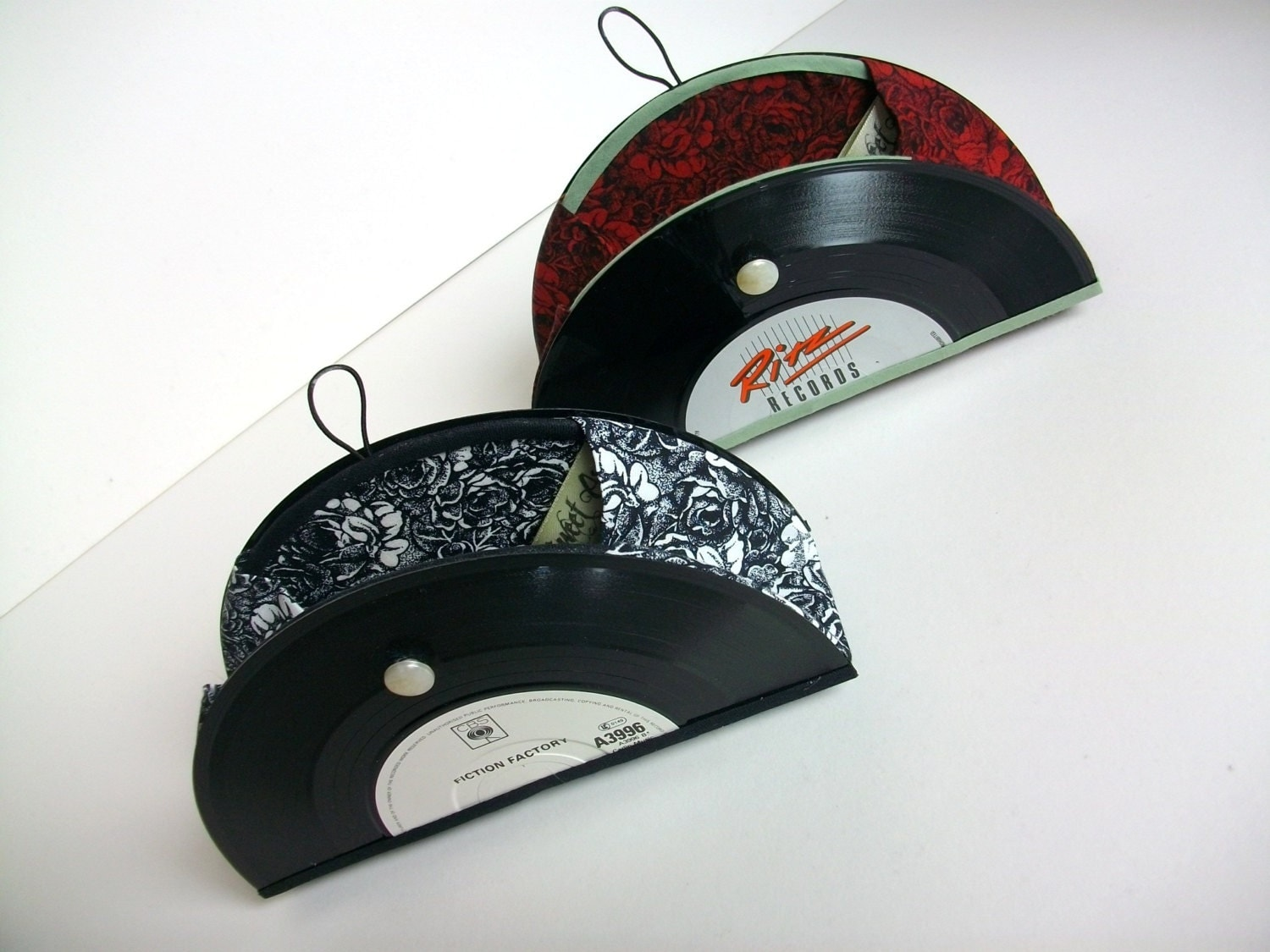 7 Vinyl Record Mini Taco Clutch Red Rose
