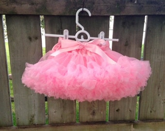 Ready to Ship**Pink Premium Fluffy Pettiskirt M(3-4)