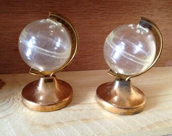 Vintage Spinning Globe Salt and Pepper Shaker Set