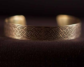 Celtic Art Cuff Etched in Brass, Variation of Dirk Handle twist, Handmade in Scotland.
