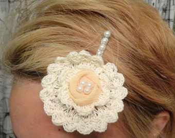 Crocheted floral bobby pin accented with pearls