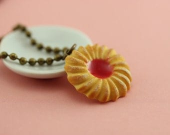 Jam Cookie Necklace
