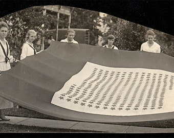 Vintage photo Girls Hold Giant Stitched Flag Silverton ORegon Schlador estate