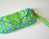 Snap and Go Wristlet / Amy Butler fabric / SALE