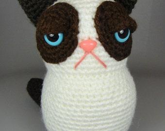 Grumpy Kitty - PDF amigurumi crochet pattern