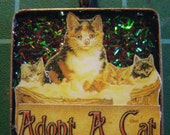 Adopt a Cat Pendant Vintage Mother and Kittens Jewelry with Tinsel Glitter