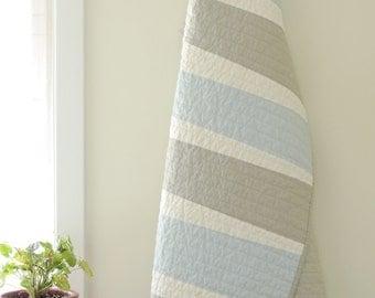 Modern Quilt-Baby/Pet - Baby Blue Quilt