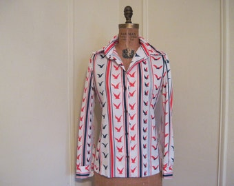 Seagulls and Stripes - 1970s red, white, and blue Nautical Blouse - size medium to large