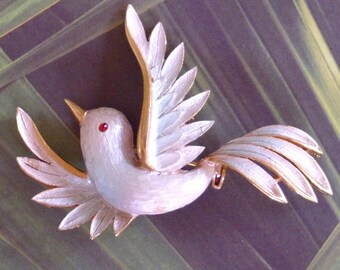Soaring Vintage Blue Bird Pin Brooch