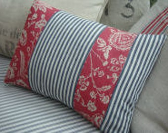 French CoTTaGe/SHaBBy CHiC/FRenCH ReD TOILE/TicKinG 11x16 Down PILLOW/Decorative Pillow/Throw Pilow/ Beach Decor