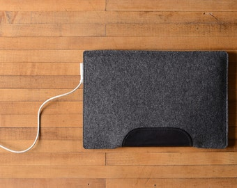 MacBook Air Sleeve - Charcoal Felt and Black Leather - Short Side Opening