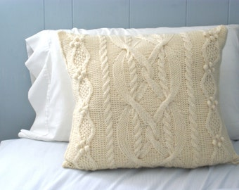Wool Cabled Knit  Pillow Sham in Cream, Sweater Pillow, Throw Pillow, Knit Pillow, Knit Home Decor