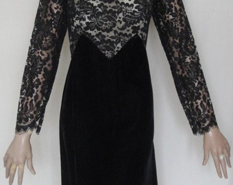 Gorgeous Black Velvet & Lace Illusion Party Dress B38 Size 14