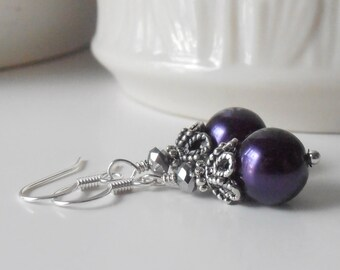 Dark Purple Pearl Earrings, Dark Purple Bridesmaid Jewelry, Bridesmaid Earrings, Pearl Dangles, Vintage Style Bead Earings, Bridesmaid Gift