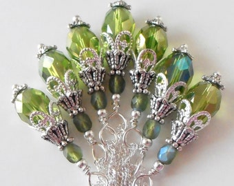 Green Crystal Drop Necklace Green Bridesmaid Jewelry Faceted Crystal Teardrop in Silver Green Wedding Jewelry Sets Beaded Pendant Handmade
