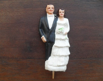 Vintage 50s Bride and Groom Chalkware Wedding Cake Decoration or Topper