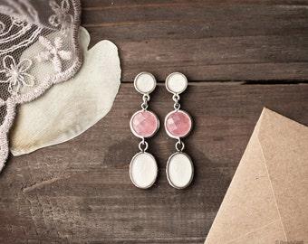 White tulip and pink earrings - White earrings - White dangle earrings - Bridesmaids earrings - Bridal earrings - Silver earrings (E138)