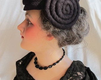Quirky 1940s Black Coiled Spiral Sides Hat Fine Black Wool