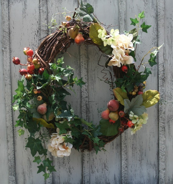 Pears, Hydrangeas and Berries Wreath - Year Round Wreath - Floral Wreath