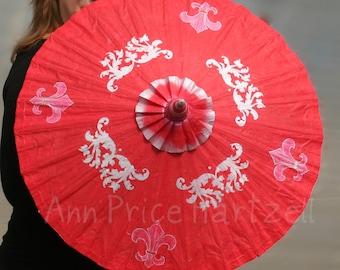 Red Parasol silver Fleur de Lis