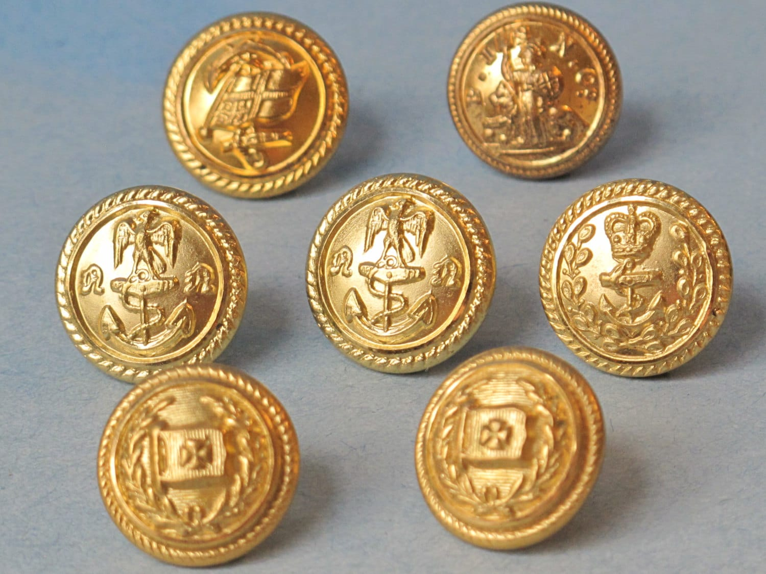 Vintage British Army Metal Buttons Set of 14 / Mid Century
