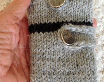 Hand Knit Case for Small Cell Phone or Camera with Pocket for  Pad, Pencil, and Business Cards