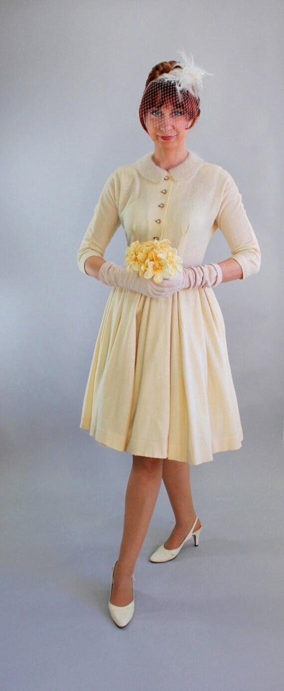 Sale 1950s Cream Wool Knit Winter Wedding Dress Reception
