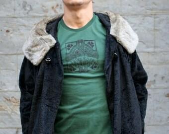 SALE  Irish Celtic Cross t shirt, Men's Green T-shirt, Shamrock Tee Shirt