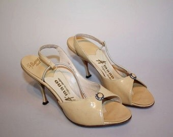Hollywood To Europe - Vintage 1950s NOS Warm Beige Patent Leather Sexy D'Orsay Stilettos - 6.5/7
