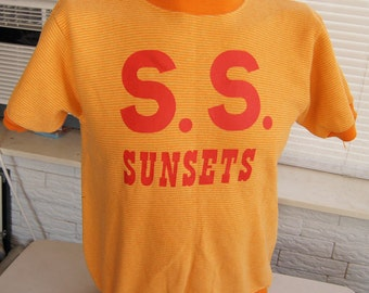 vintage (sweatshirt) S.S. SUNSETS 70s Short Sleeve large ringer stripes (42 inches around chest)